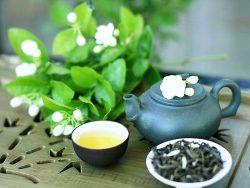 7 Công dụng của mật ong với lá chè xanh